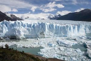 perito_moreno_glacier_patagonia-s