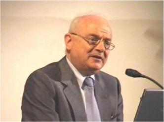 prof. Giovanni P. Gregori - Docente di Fisica Terrestre e ricercatore CNR all'Istituto di Acustica O.M.Corbino C.N.R. di Roma. 1963-2001  Ricercatore CNR all'IFA/CNR (Istituto di Fisica dell'Atmosfera), Roma, con l'incarico di studiare le Relazioni Sole-Terra. Le aurore polari ed il geomagnetismo (1963-1975) lo hanno portato ad un modello di magnetosfera (1970-1972) considerato uno dei suoi migliori risultati.