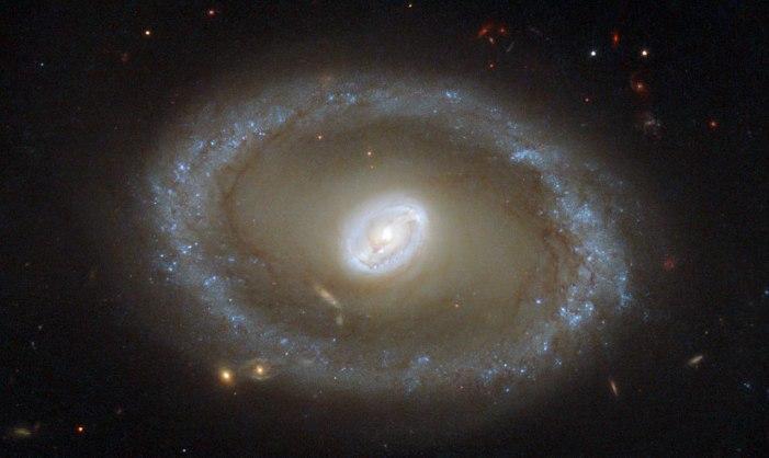 Csillagképződés arany gyűrűi