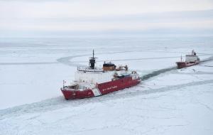 US Coastguard icebreaker [credit: NSIDC]