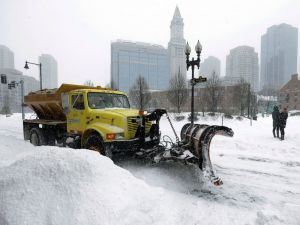 Snow-clearing in Boston [image credit: ABC News]