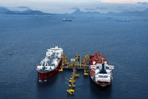 LNG vessels [image credit: offshoreenergytoday.com]
