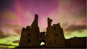 Northern Lights illuminate sky over UK [image credit: BBC]